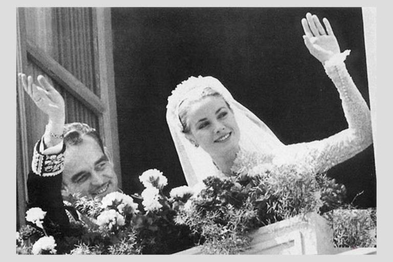 8271409a3bd0 Il cambio d abito della sposa - Pinella Passaro Wedding Blog