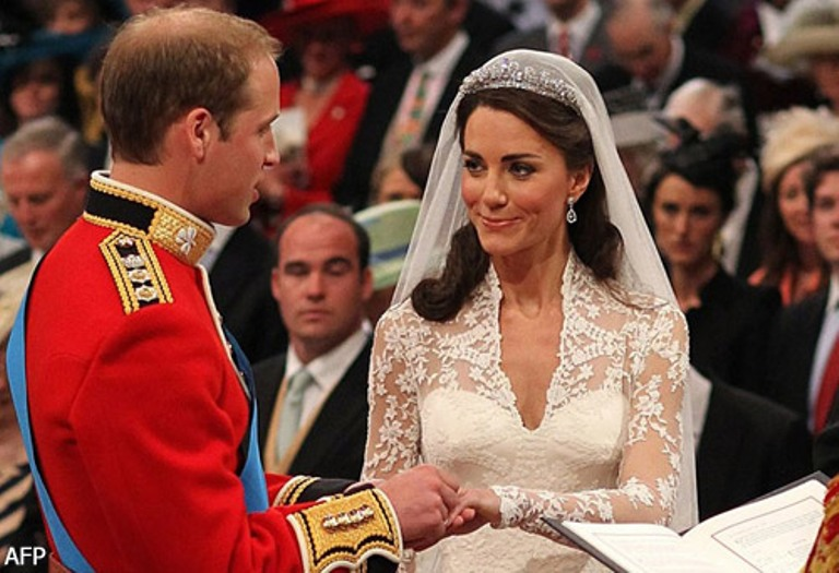 Favoloso I gioielli per l'abito da sposa - Pinella Passaro Wedding Blog BD93