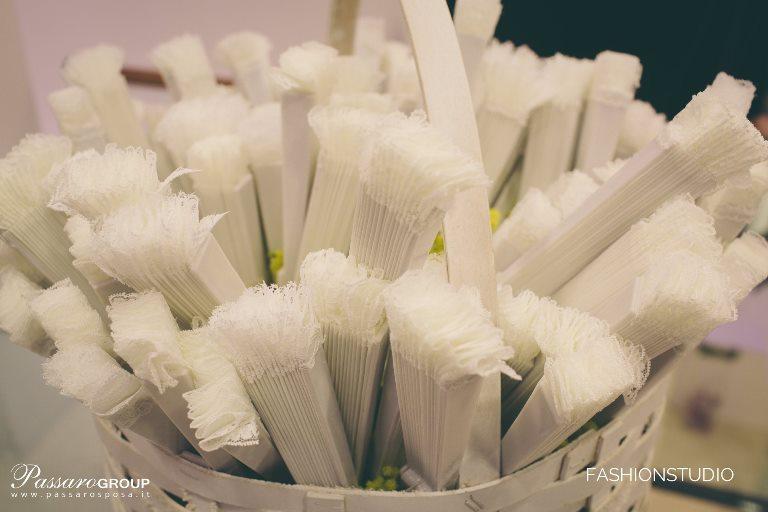 omaggio-ventaglio-sposa-pinella-passaro