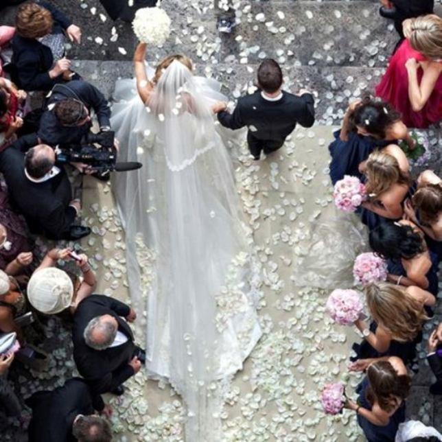 idee-matrimonio-petali-pinella-passaro